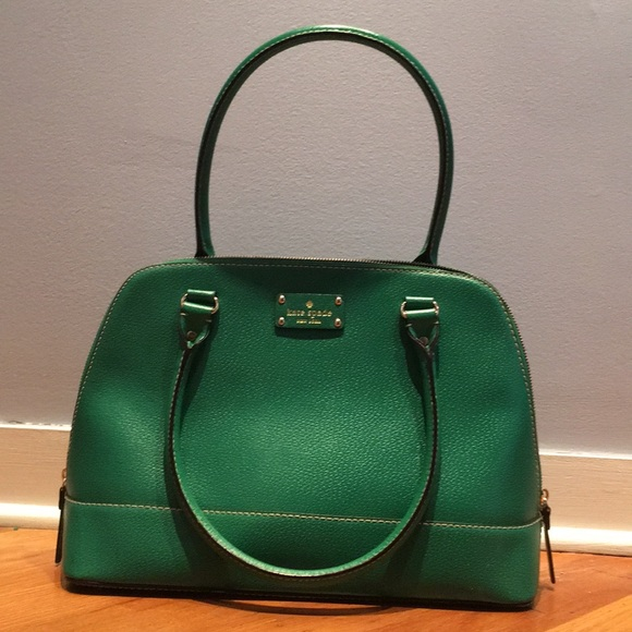 kate spade Handbags - Kate Spade Kelly Green Purse e8ab2b8d57